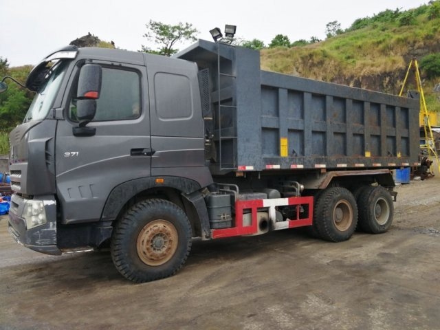 Hauling Equipment - Dump Truck